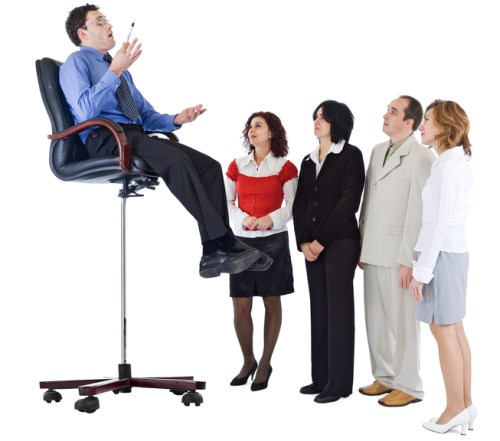 Business coach who lacks the business sense - mentor coaching his students from a high chair